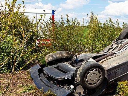 Der Wagen überschlug sich beim Verkehrsunfall