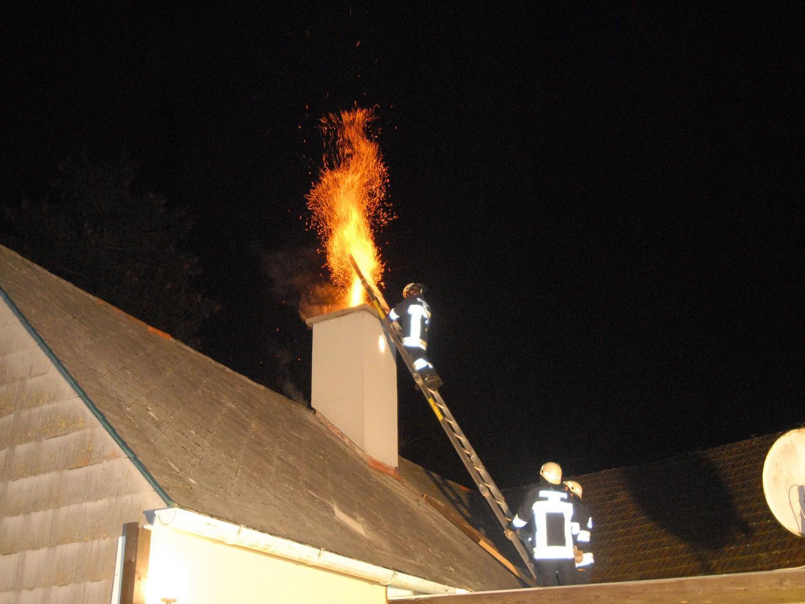 Spektakulär aber zum Glück nix passiert: Kaminbrand in Sulz
