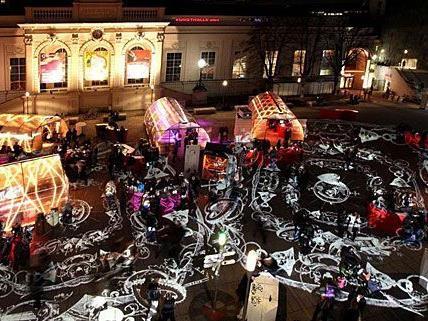 """Lichtinstallationen sorgen für einen stimmungsvollen """"Winter im MQ"""""""