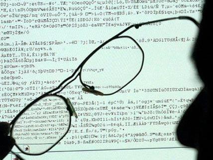 Die Polizei ließ eine betrügerische Online-Bestellfirma auffliegen.