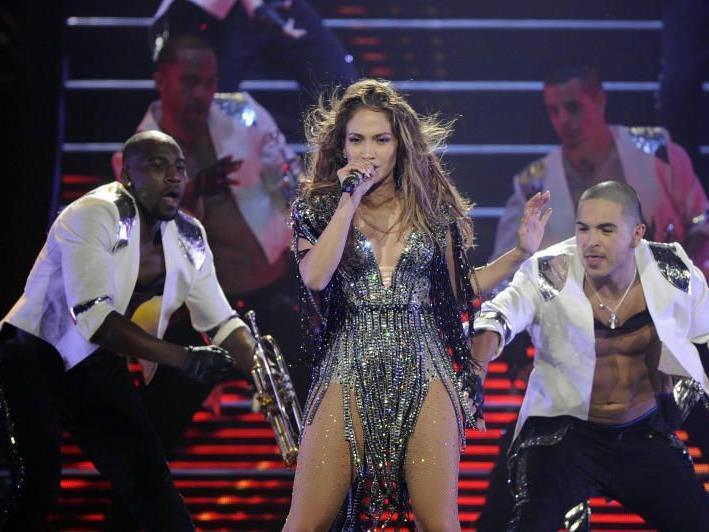 Jennifer Lopez bei dem Gig - Hier ist noch alles in Ordnung.