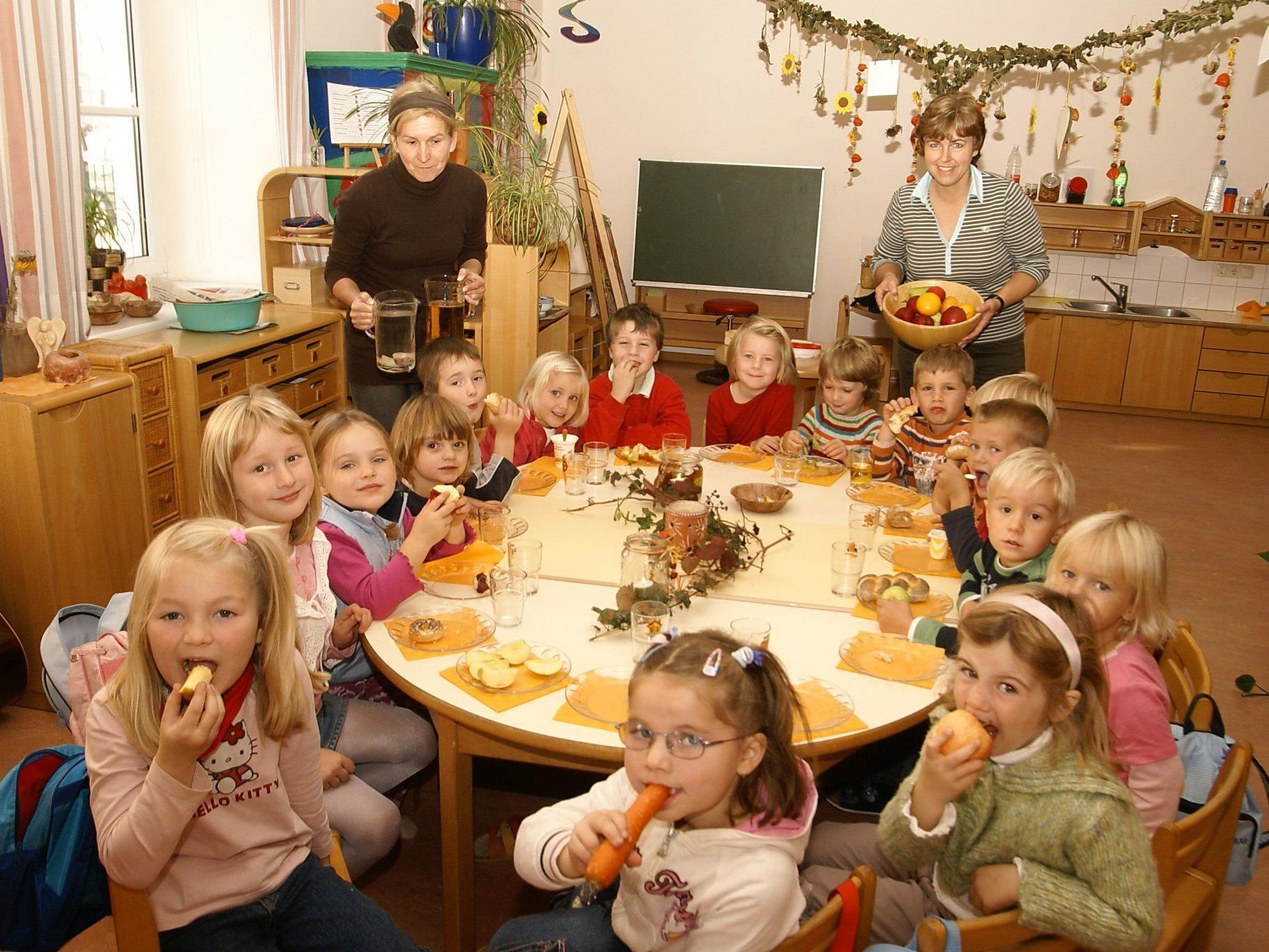 Schon ab dem ersten Lebensjahr wollen die Grünen ein Recht auf Kindergartenplätze