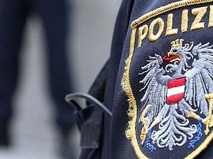 Die Polizei konnte den Räuber mit der Atrappe in Krems dingfest machen