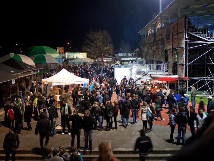 """Im Reichshofstadion wird die """"inoffizielle Torwandmeisterschaft"""" ausgetragen"""
