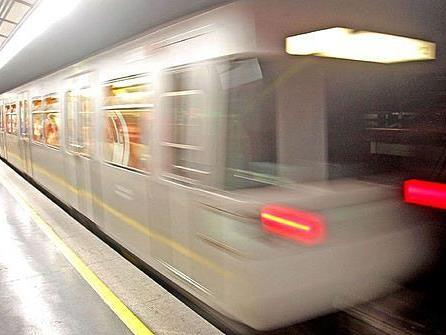 Der Betreib der Linie U2 ist derzeit unterbrochen - bis 17:00 Uhr sollte er wieder regulär bestehen