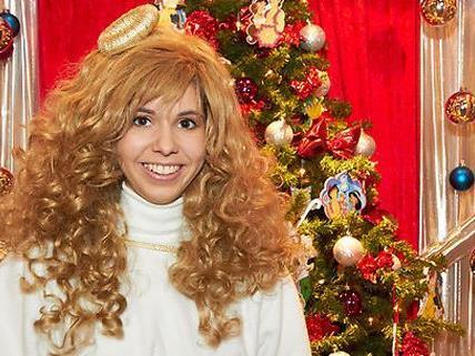 Vanessa ist das Wiener Christkindl 2011 und engagiert sich in der Weihnachtszeit.