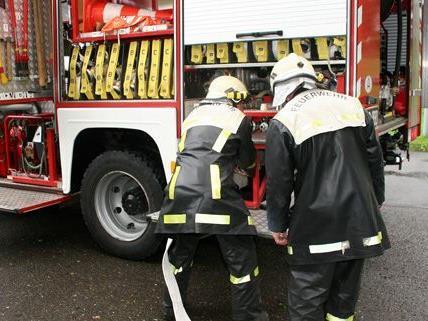 Ein Kupferkabeldieb löste einen Brand in Wien-Döbling aus.