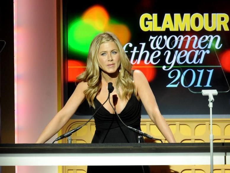 Jennifer Aniston präsentierte wirklich einen etwas größer wirkenden Busen.