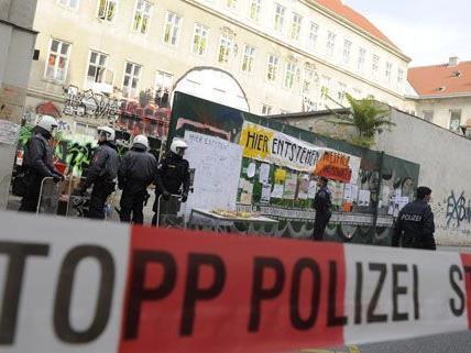 Die Polizei räumte das besetzte Haus in der Lindengasse in Wien-Neubau.