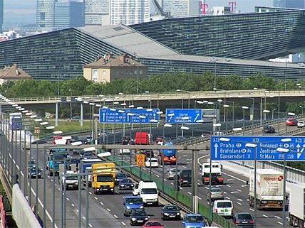 Die Wiener Südost-Tangente A23 gehört zu den wichtigsten Verkehrsverbingungen Wiens.