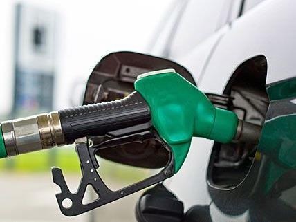 Die betroffenen Tankstellen ahnten nicht, dass sie statt Diesel Rostschutzmittel erhalten hatten