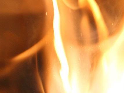 Das Feuer brach aus ungeklärter Ursache in einem Lokal in Amstetten aus
