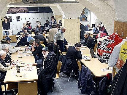 In der Wiener Gruft finden Obdachlose seit 25 Jahren ein Dach überm Kopf und eine warme Mahlzeit