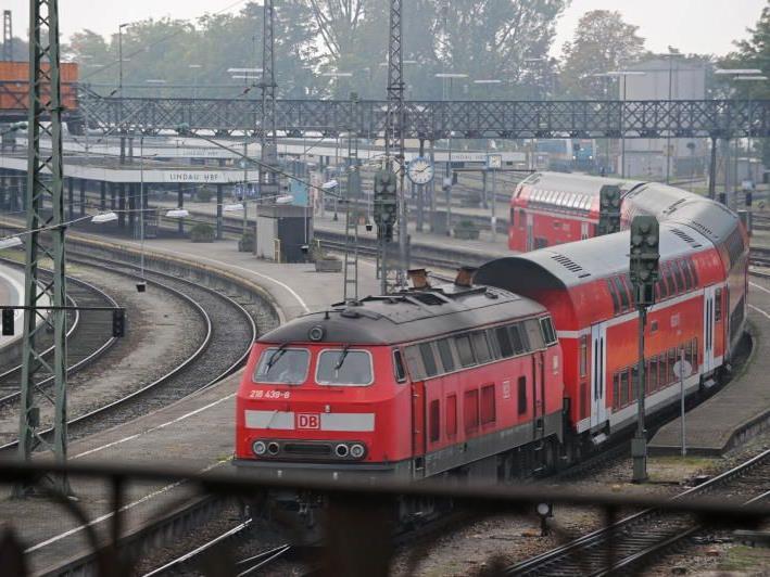 Fast zwei Jahrzehnte lang ist eine Verlegung des Hauptbahnhofs immer wieder Thema in Lindau.