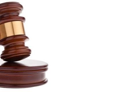 Der 19-jährige Angeklagte kam mit einer Bewährungsstrafe davon.