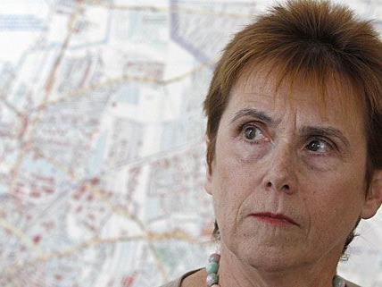 Barbara Helige spricht über die Fortschritte der Wilhelminenberg-Kommission