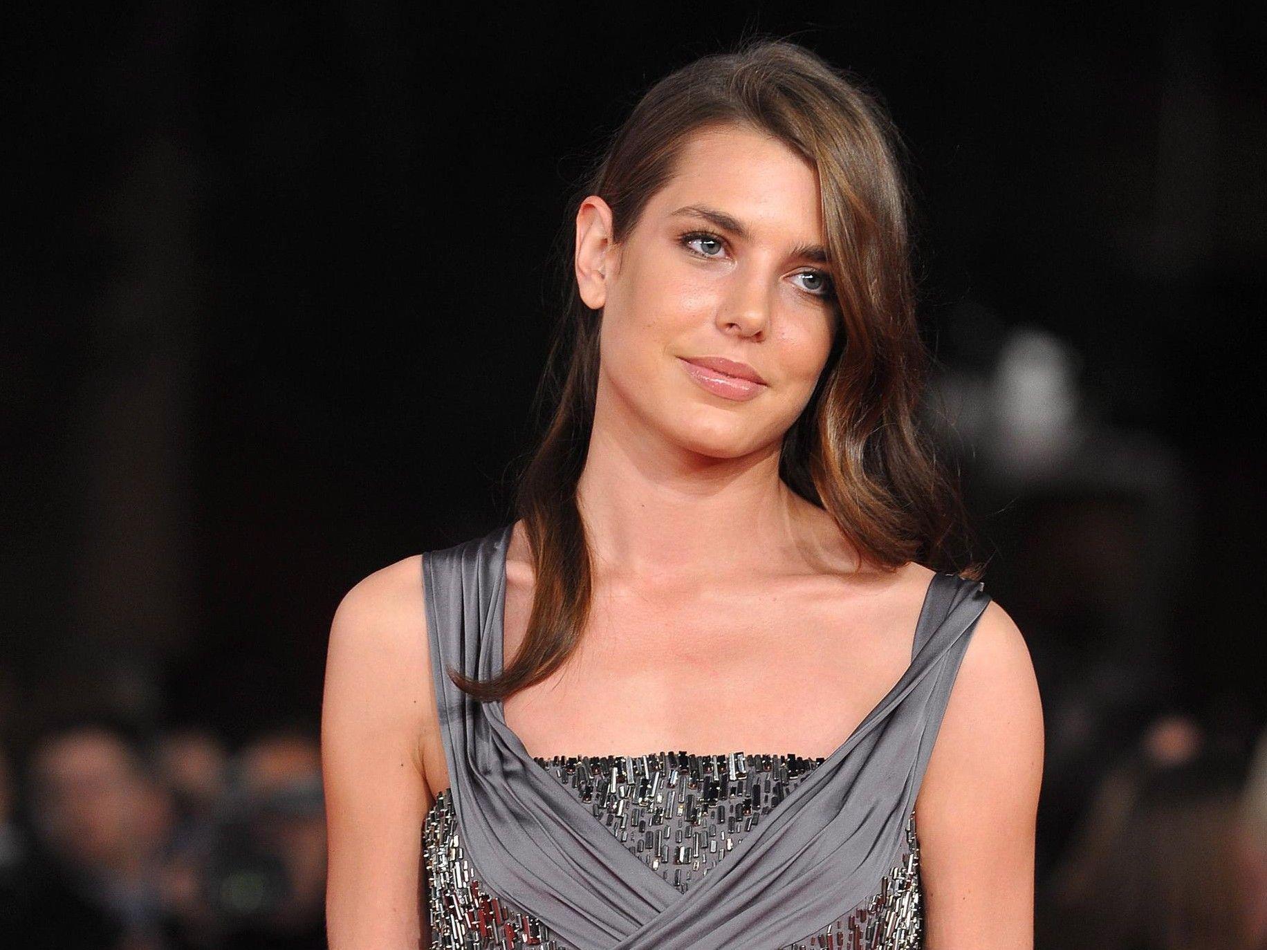 Charlotte Casiraghi will gegen lästige Paparazzi vorgehen