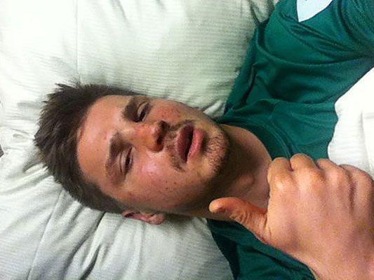 Prödl postete dieses Bild aus dem Krankenhaus selbst auf seiner Homepage.
