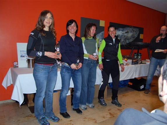 Die Siegerinnen bei den Damen in der allgemeinen Klasse.