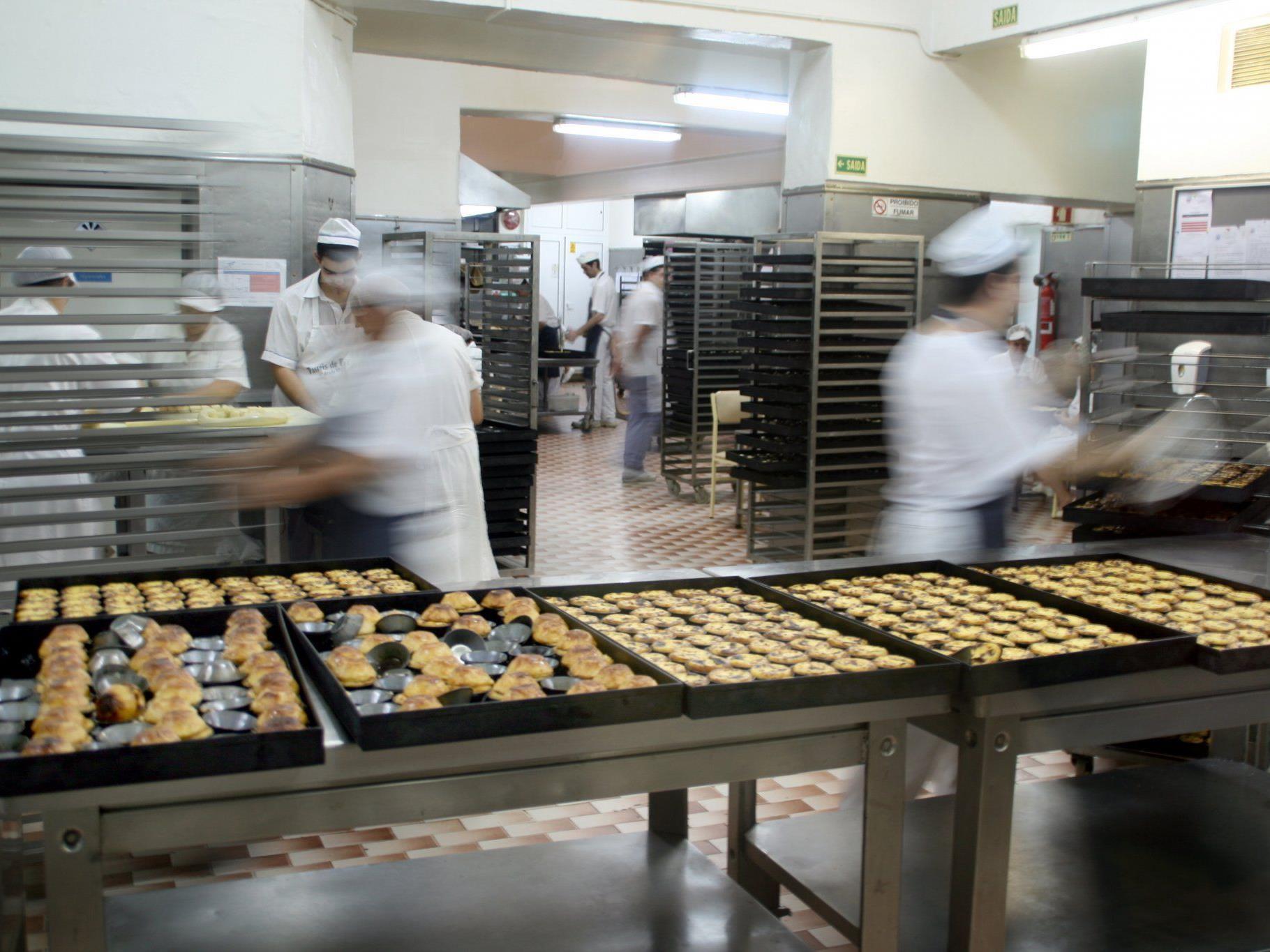 Blutiger Arbeitsunfall in einer Bäckerei im 23. Bezirk