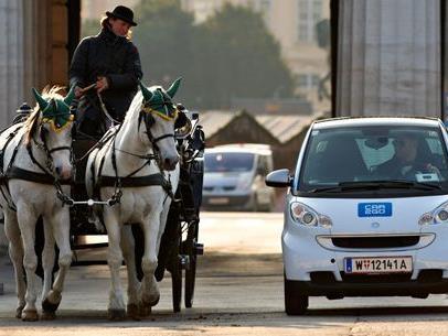 Passen gut zum Stadtbild: Die Flitzer von Car2Go