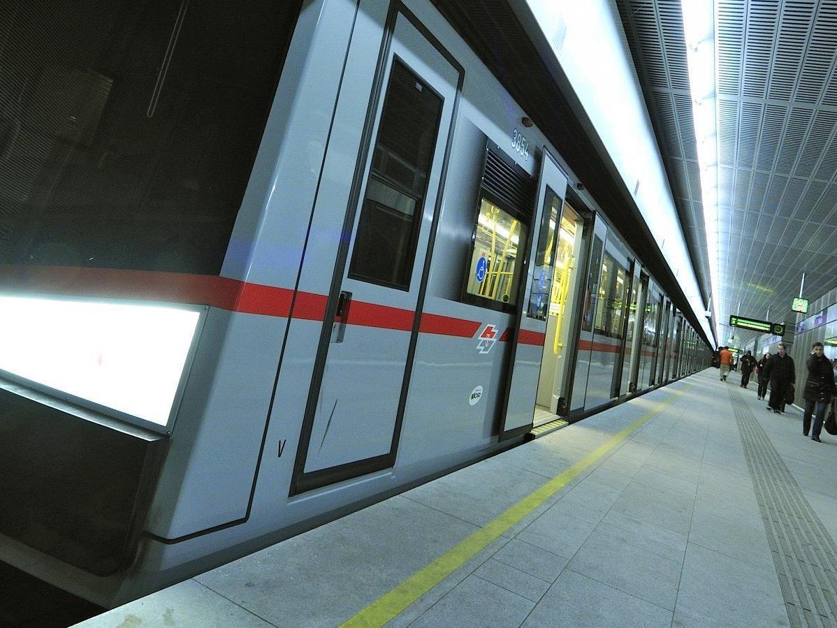 Gut frequentiert sind die Wiener Nacht-U-Bahnen