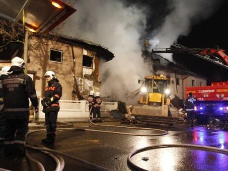 Nach der Gasexplosion am Silvesterabend wurden nun Leichenteile geborgen.