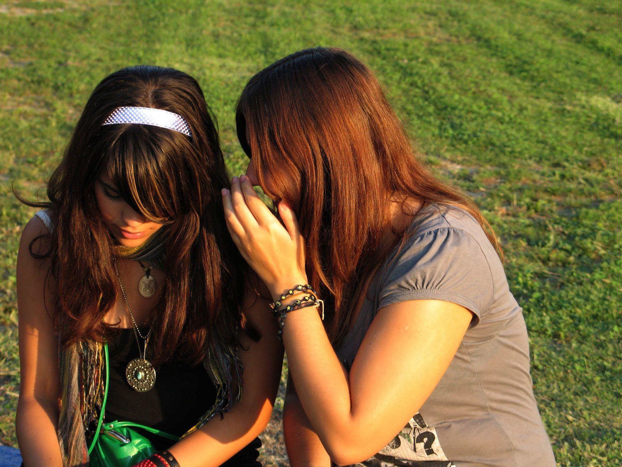 Tratschen: Viele Nachteile, aber auch Vorteile