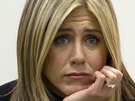 Jennifer Aniston will endlich die Fragen aller Fragen gestellt bekommen.
