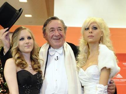 Richard Lugner hat die Qual der Wahl: Wer wird ihn zum Opernball 2012 begleiten?