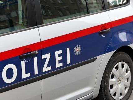 Zwei Männer wurden in Wien-Favoriten nach einem Einbruch festgenommen.