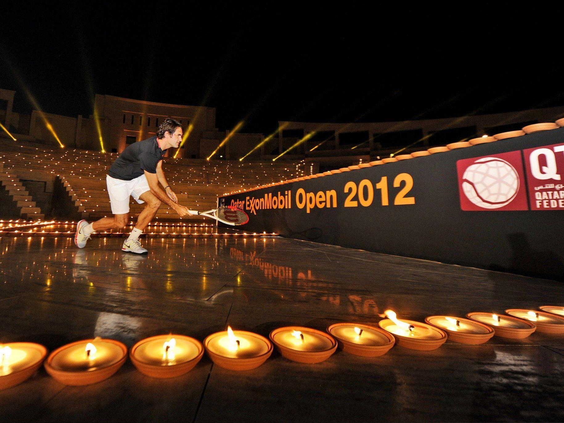 Federer und Nadal duellieren sich im Kerzenschein vor dem Jahresauftakt in Doha.