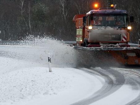 Der Winterdienst der Ma 48 hat in Wien nach den Schneefällen alles im Griff.