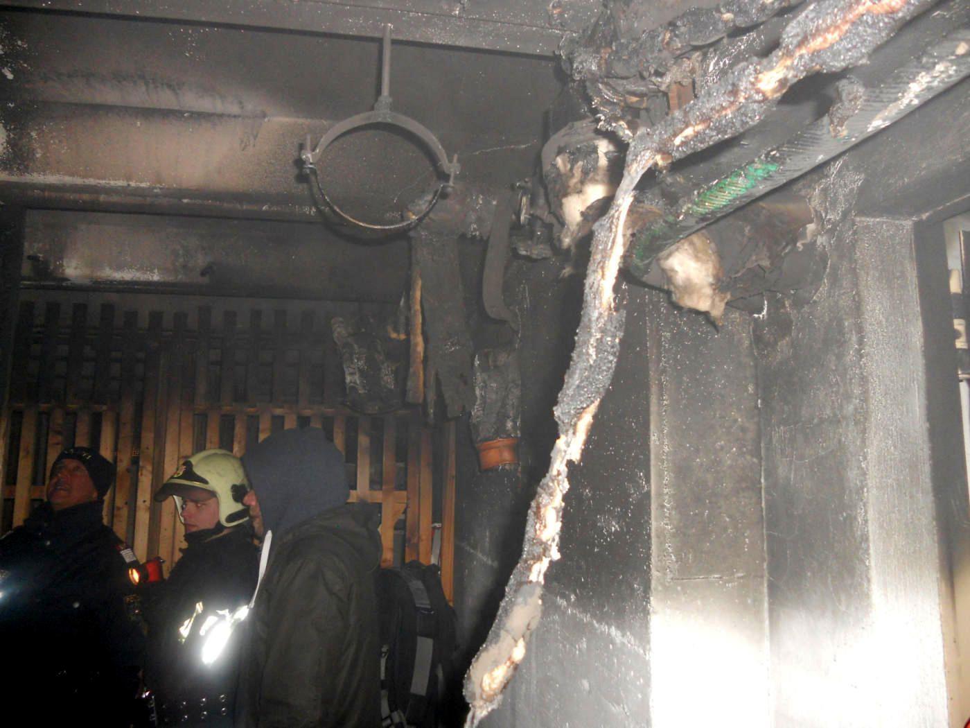 Noch ein Kellerabteil im selben Haus in der Pichlergasse abgebrannt