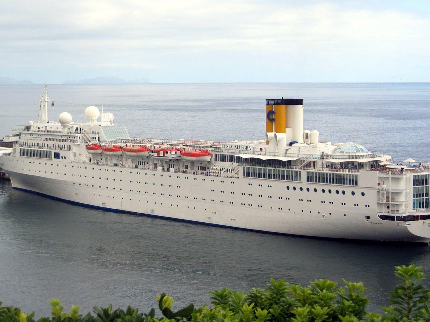 """Die """"Costa Allegra"""" im Hafen von Genua."""