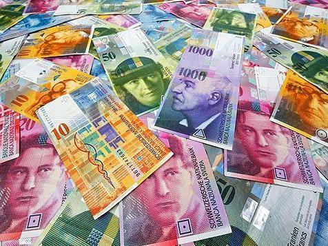Starker Franken: Schweizer Ausfuhren 2011 nur leicht gewachsen - Uhrenexporte steigen fast 20 Prozent