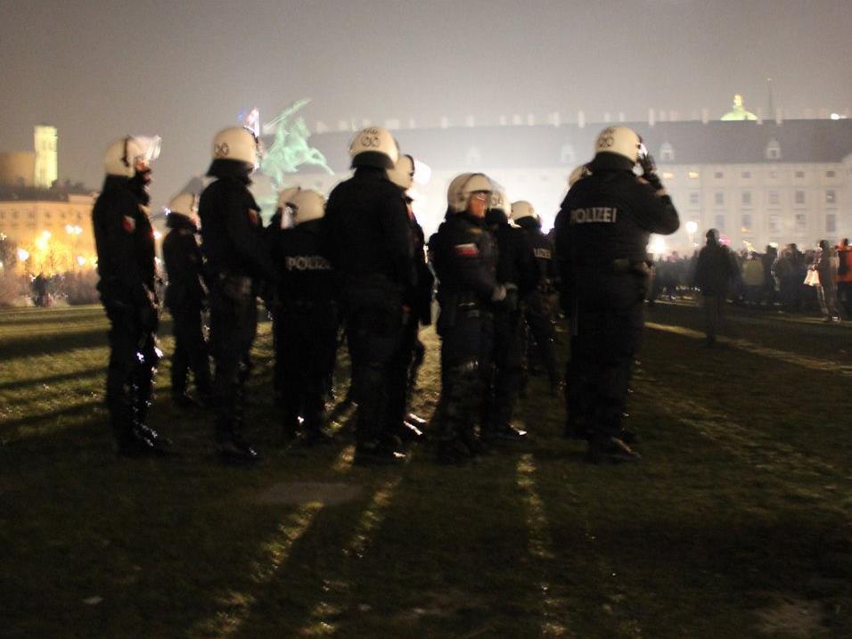 1200 Polizisten im Einsatz, der Angriff konnte doch nicht vermieden werden