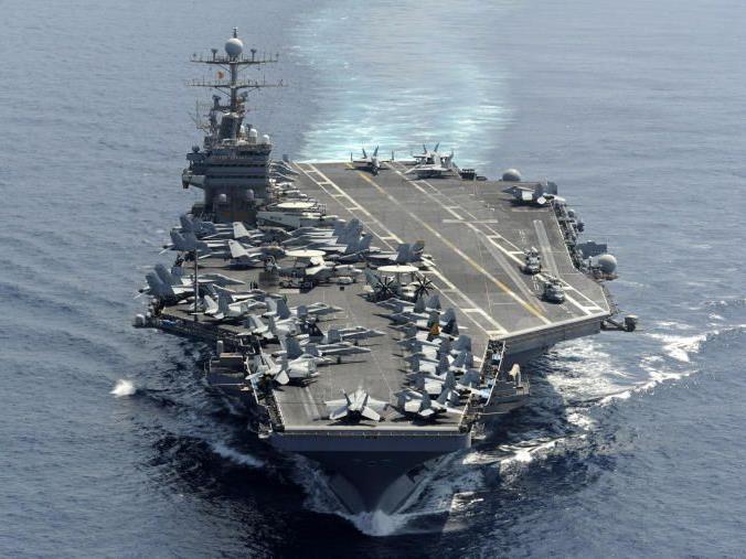 US-Flugzeugträger USS Abraham Lincoln in der Straße von Hormuz