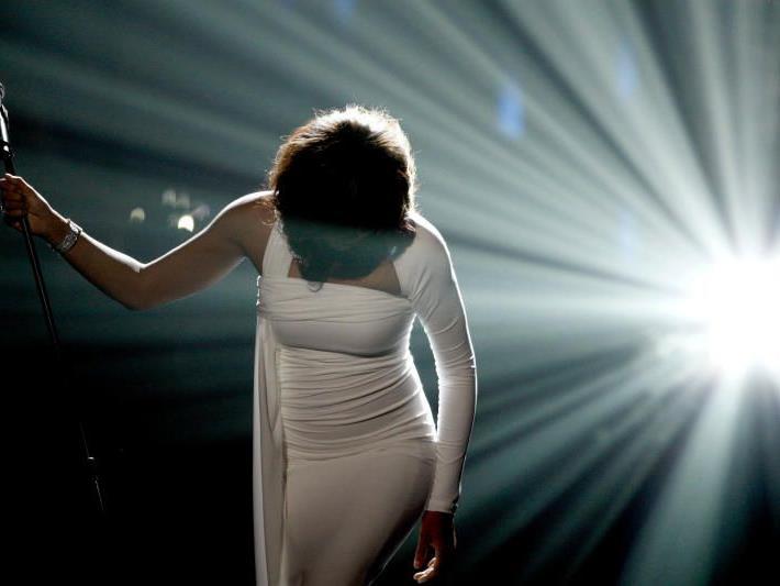 Im Alter von 48 Jahren ist der amerikanische Superstar Whitney Houston gestorben.