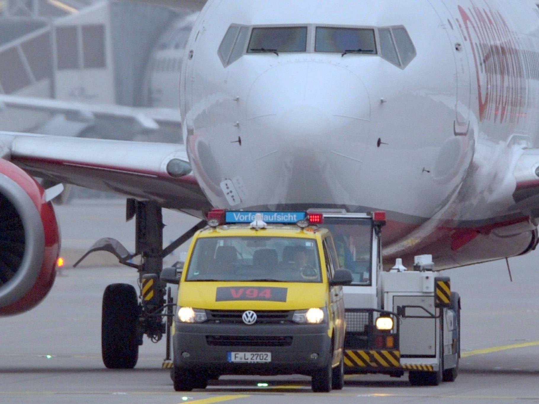 Am Frankfurter Flughafen droht durch Streiks ein Verkehrschaos.