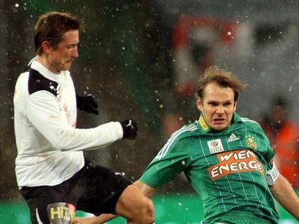 Der Start der Fußball-Bundesliga 2012 startet frostig.