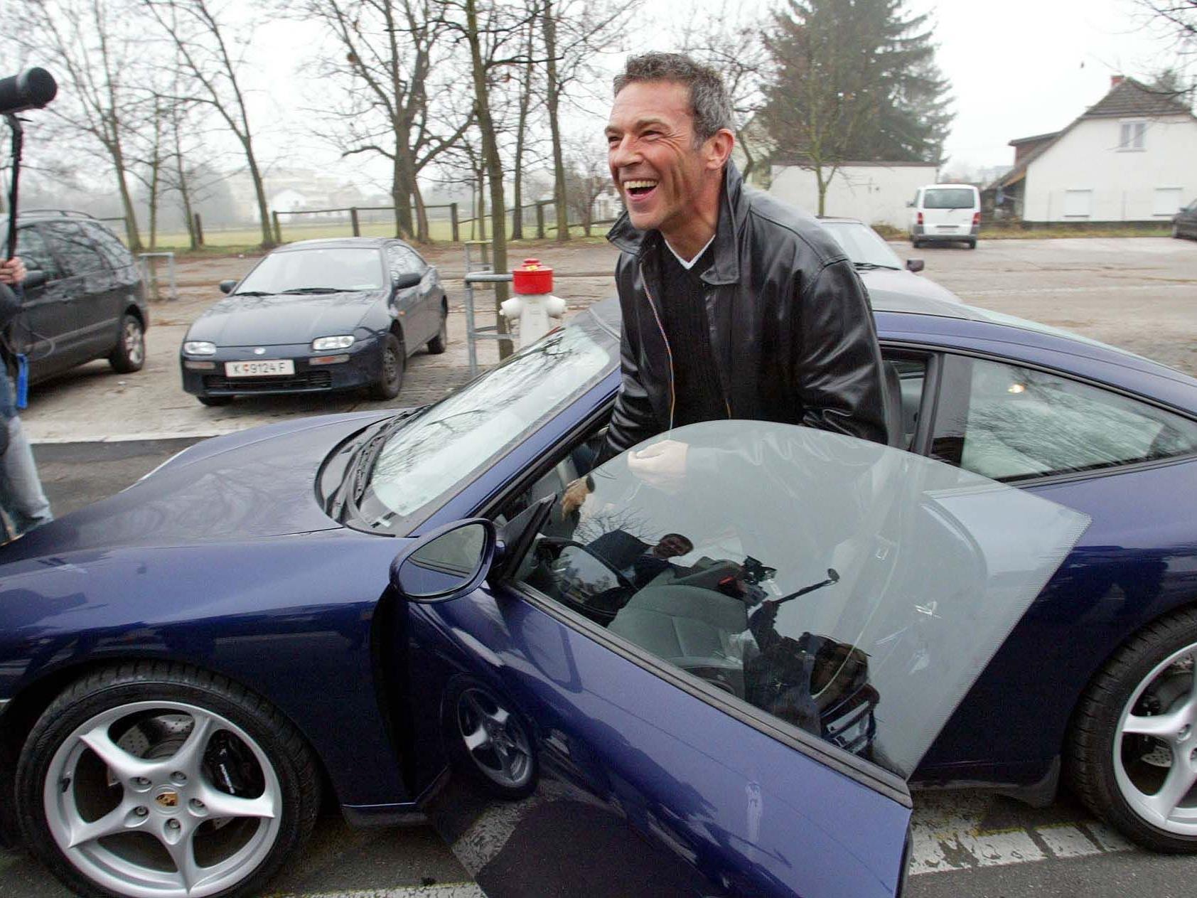 """Verstorbener Jörg Haider mit seinem Porsche 911 """"Targa""""."""