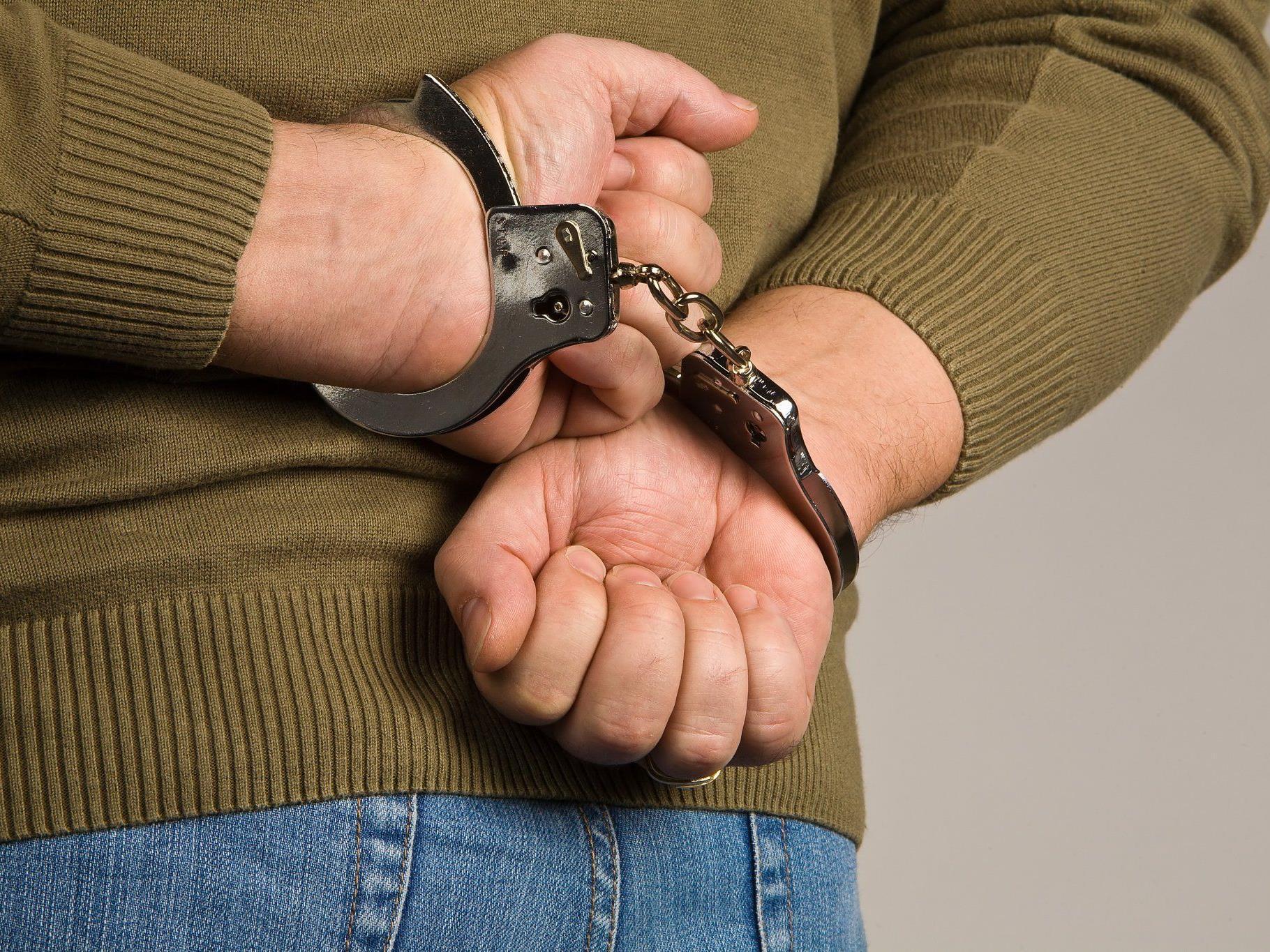Festgenommen wurde der Mann, und das ohne Gegenwehr