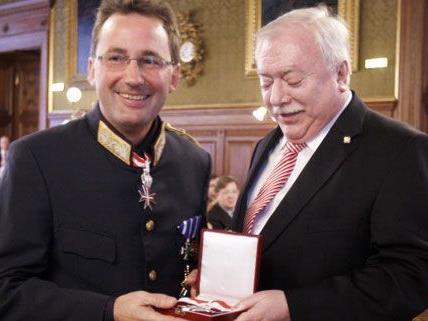 Auszeichung für Verdienste um das Land Wien für Polizeipräsidenten Pürstl.