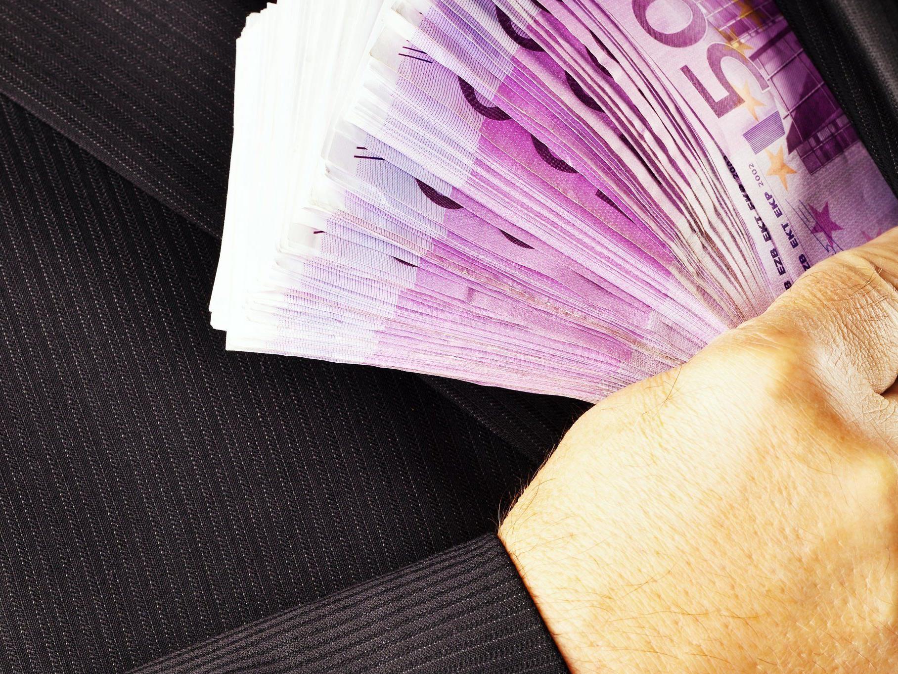 Abkommen soll 2013 eine Milliarde Euro in die heimischen Kassen spülen.