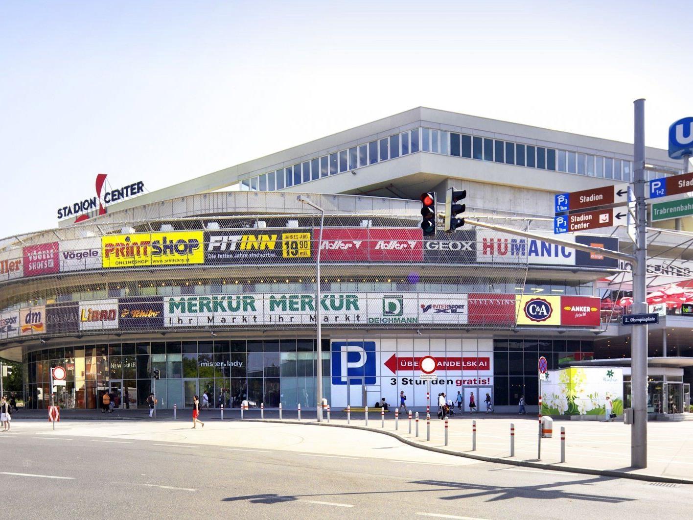 Das Stadioncenter öffnet seine Parkgarage für Derby-Besucher am 18. Februar.