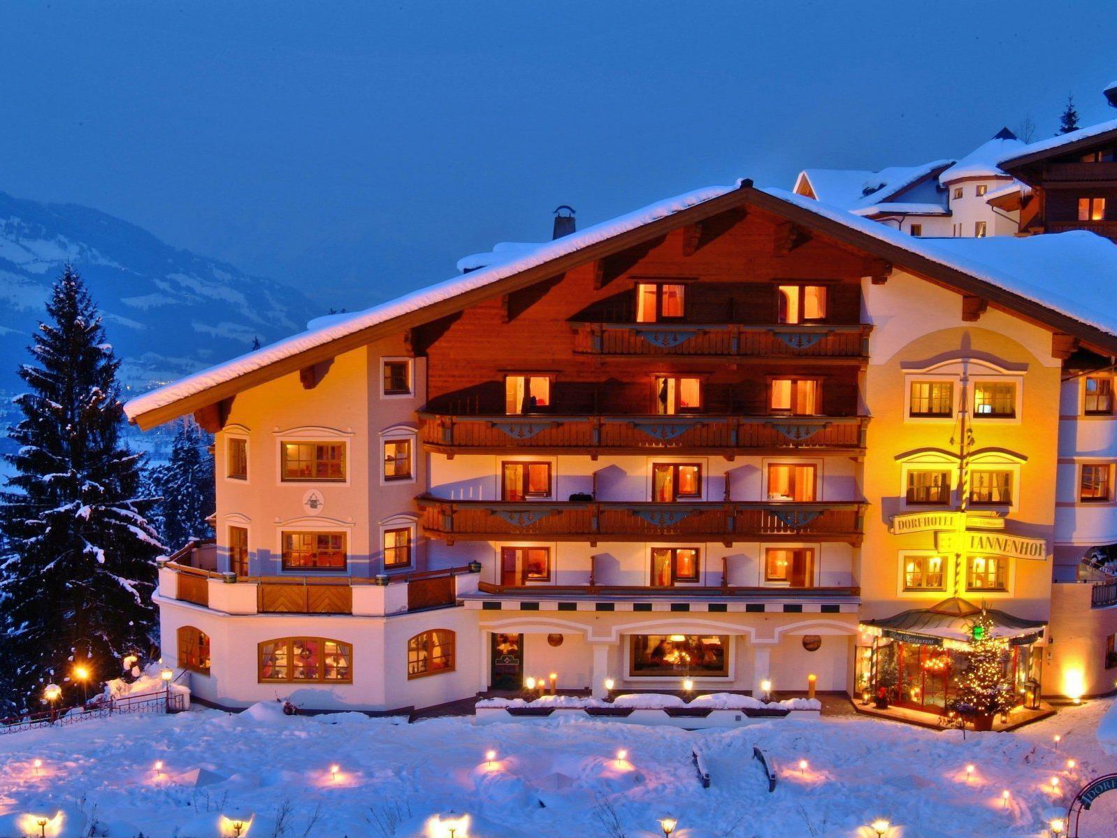 """Das """"Vienna.at Ferienzuckerl"""": Die Skipisten der Ski amadé direkt vor der Hoteltüre und ein Alpines-Lifestyle-Hotel, in dem der Urlaub ab der ersten Minute beginnt."""