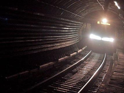 Neue Studie zur Selbstmordgefahr bei U-Bahnen.