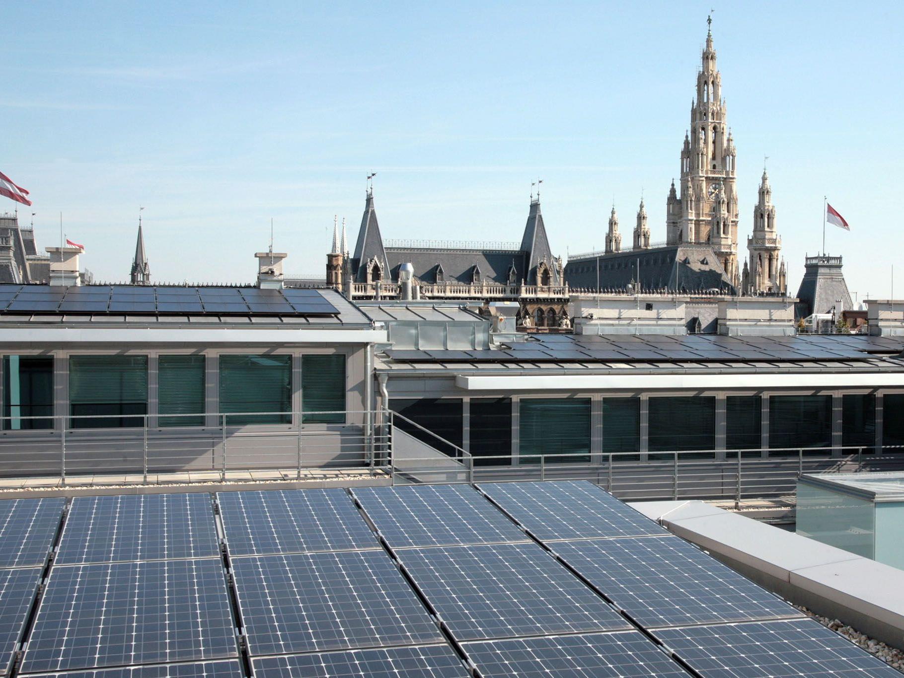 Diese Solaranlage erzeugt schon länger Strom für ein Amtshaus