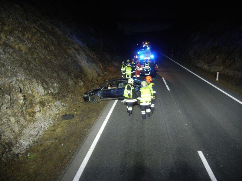 Zwei Verletzte forderte dieser Crash bei Markt Piesting